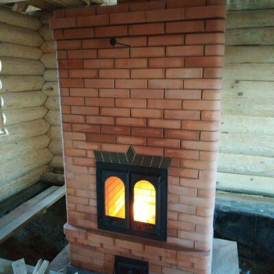 печь-камин с параллейной системой дымоходив из витебского кирпича ступино 2017